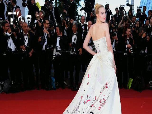 Các ngôi sao trên thảm đỏ Cannes 2017