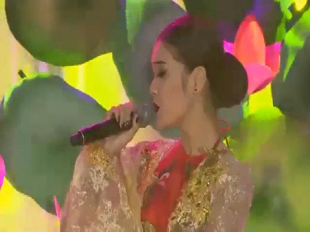 """Hoàng Yến Chibi hóa Hoàng Thùy Linh trong """"Bánh trôi nước"""