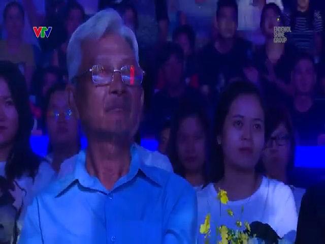 Jun Phạm bày tỏ tình cảm với bố
