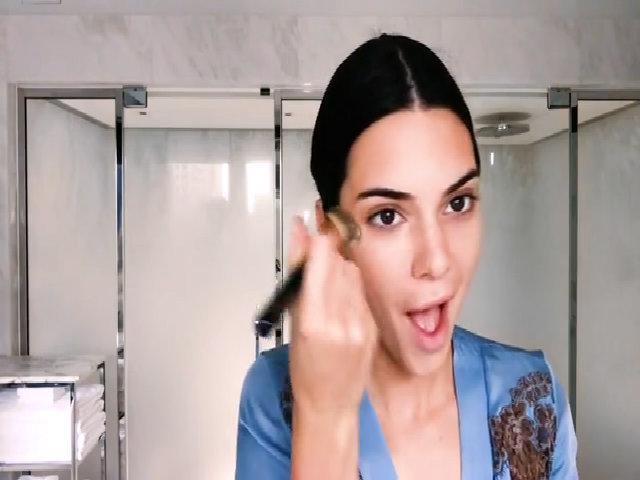 Phong cách trang điểm hàng ngày của Kendall Jenner