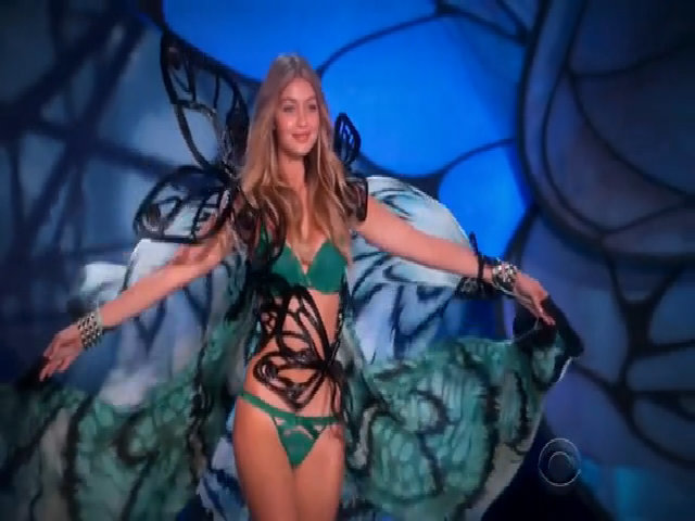 Gigi Hadid ở Victoria's Secret