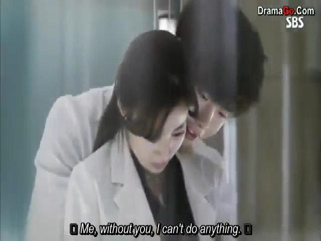 Kang So Ra và Lee Yong Suk trong 'Bác sĩ xứ lạ'