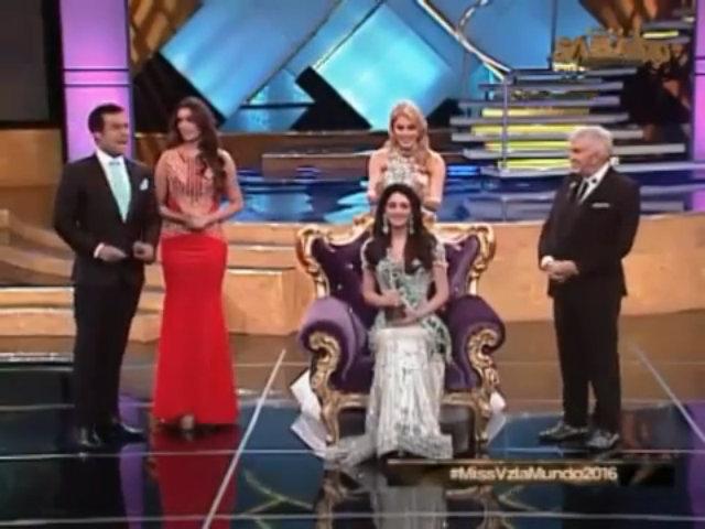 Khoảnh khắc đăng quang của Hoa hậu Venezuela