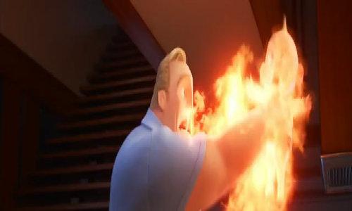 Nhóc tì phô diễn siêu năng lực trong Incredibles 2