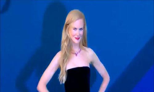 Khoảnh khắc thời trang của Nicole Kidman 2017
