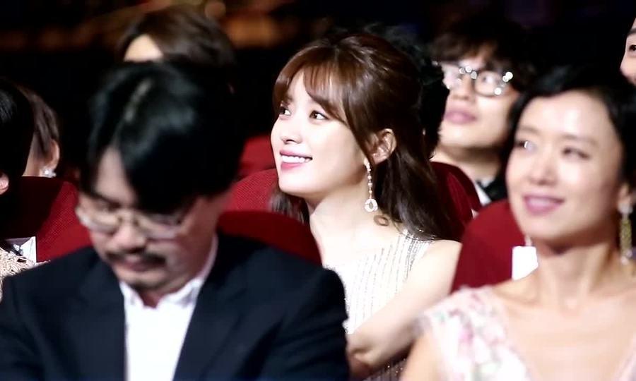 Đoạn video gây sốt của Han Hyo Joo trong sự kiện
