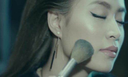 Hoàng Thùy Linh - I'm Gonna Break