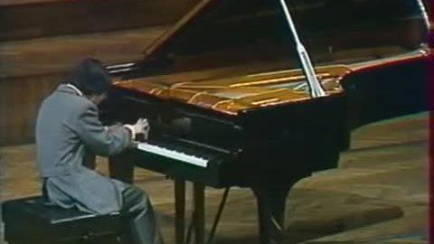 tại cuộc thi Piano quốc tế mang tên Chopin tổ chức tháng 10/1980