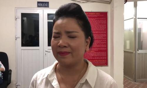 Nha hat kich TP HCM van phai boi thuong Ngoc Trinh hon 233 trieu