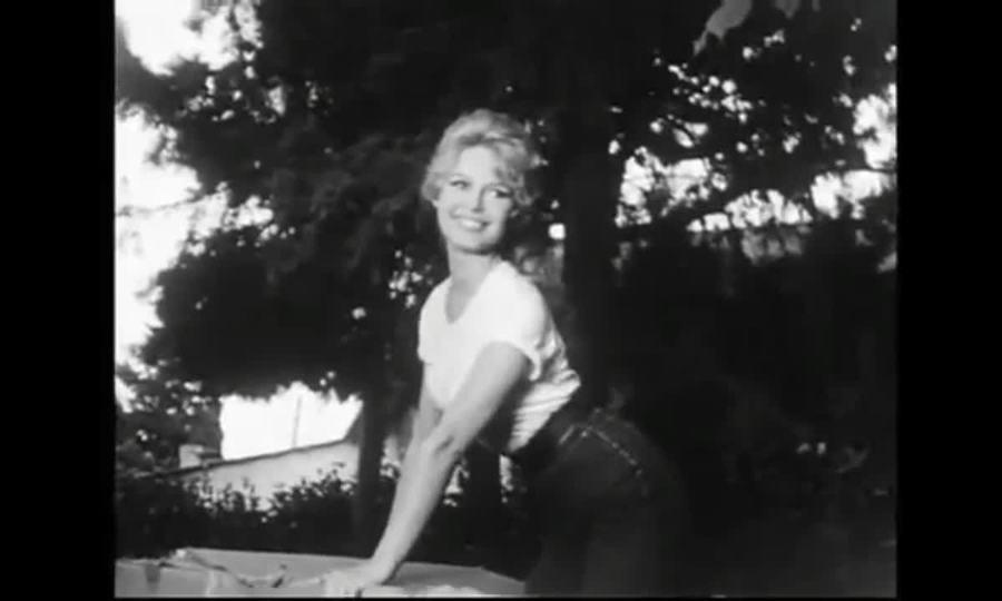Vẻ đẹp của Brigitte Bardot