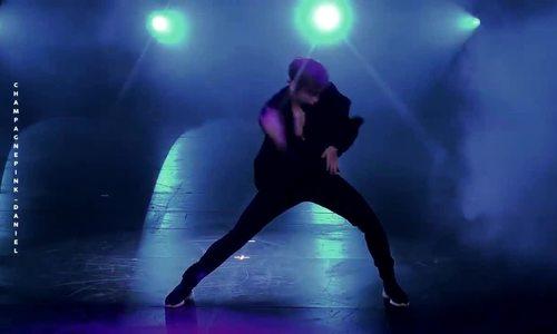 Kang Daniel nhảy solo