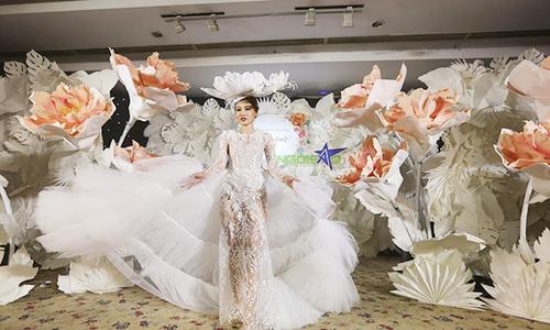 phan quốc an ra mắt váy cưới ren xuyên thấu - 2