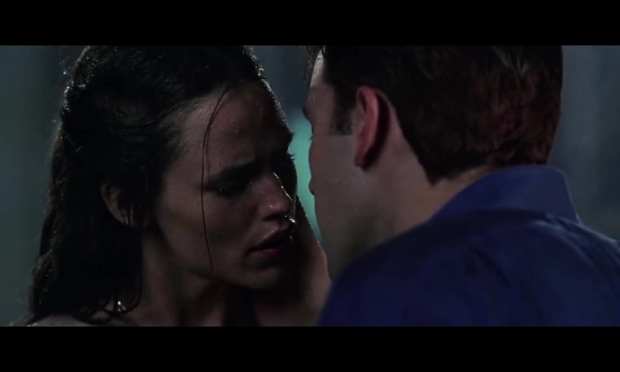 "Ben Affleck hôn Jennifer Garner trong ""Daredevil"""