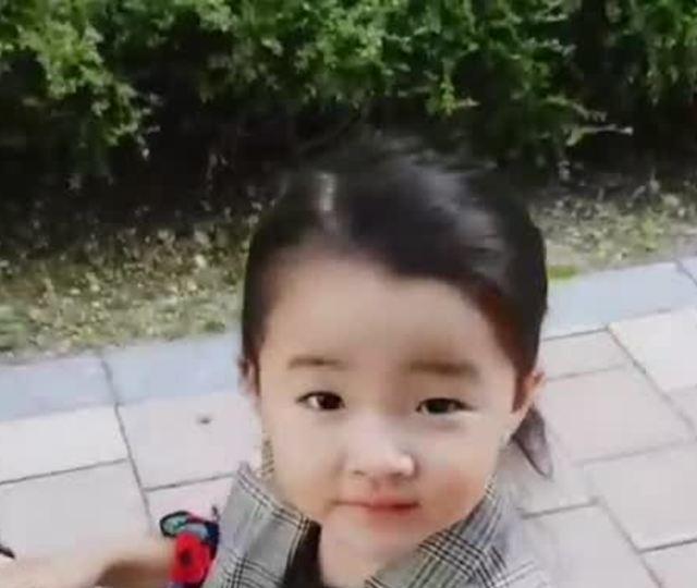 Bé In Ha Eun - con gái đầu lòng của So Jin Hyun