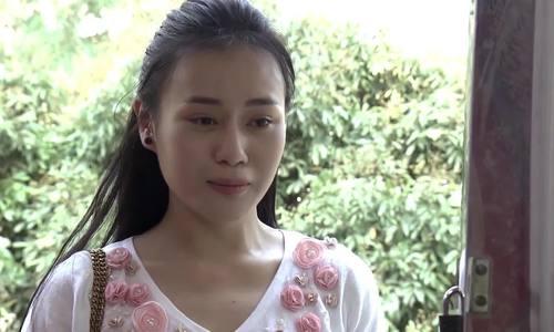 Phuong Oanh Quynh Bup Be tu lai xe di su kien