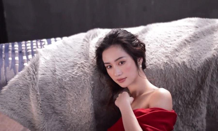 Jun Vũ diện đầm Lê Thanh Hòa