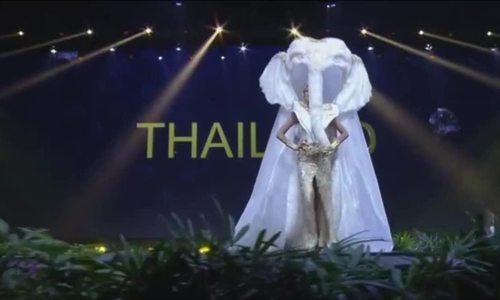 Thái Lan trình diễn trang phục dân tộc