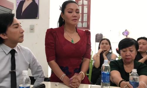 Ngoc Huyen huy liveshow ba ty dong do khong co diem dien