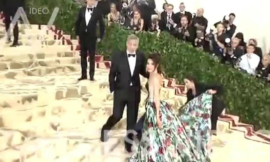 Amal và George Clooney ở Met Gala 2018