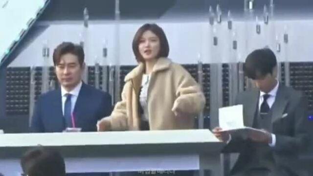Kim Yoo Jung tóc bob