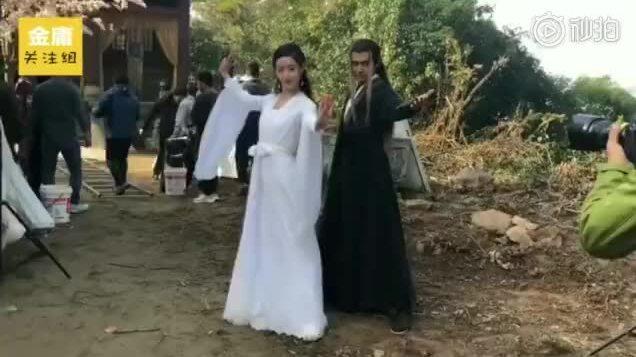 Mao Hiểu Tuệ hậu trường Tiểu Long Nữ