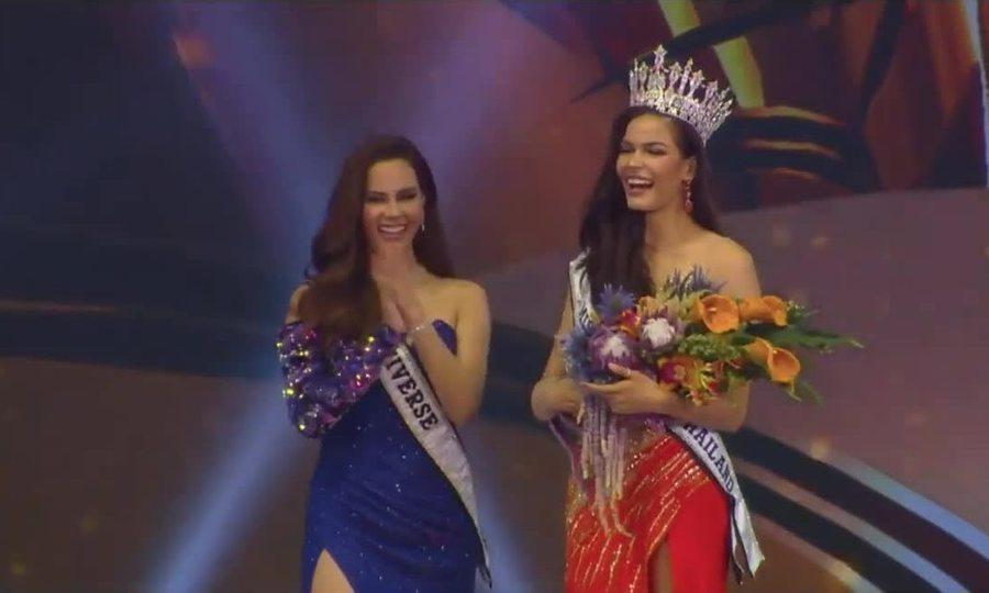 Khoảnh khắc đăng quang của Hoa hậu Hoàn Vũ Thái Lan 2019 Paweensuda Drouin