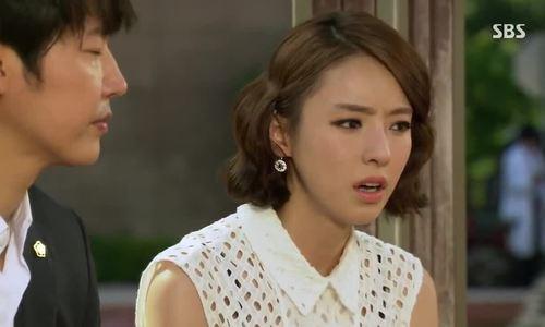 Lee Da Hee trong phim 'Đôi tai ngoại cảm'