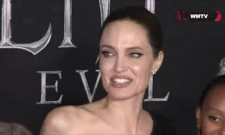 Angelina Jolie ở thảm đỏ Maleficent 2 tại Mỹ