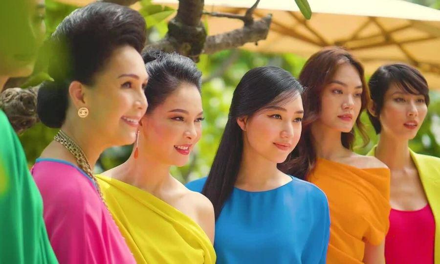Sao Việt diện đồ đa sắc của Đỗ Mạnh Cường