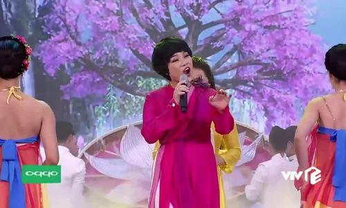 ngoc-khue-hat-trong-chuong-trinh-tao-quan-2019-1571904042_500x300.jpg
