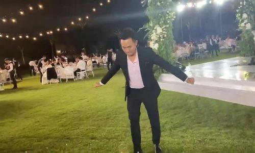 Tiệc cưới nhiều nụ cười, nước mắt của Đông Nhi - ảnh 5