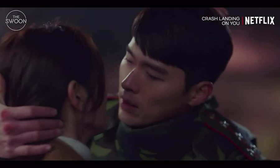 Nụ hôn đẫm nước mắt của Hyun Bin, Son Ye Jin