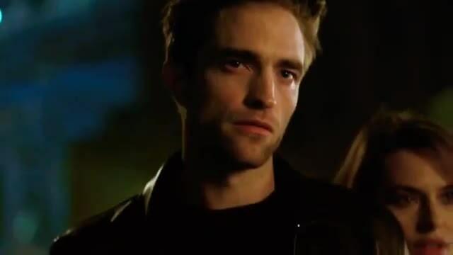 Robert Pattinson quảng cáo DIor