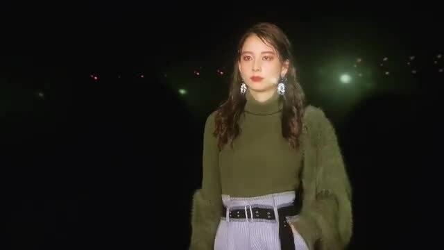 Niki Niwa catwalk