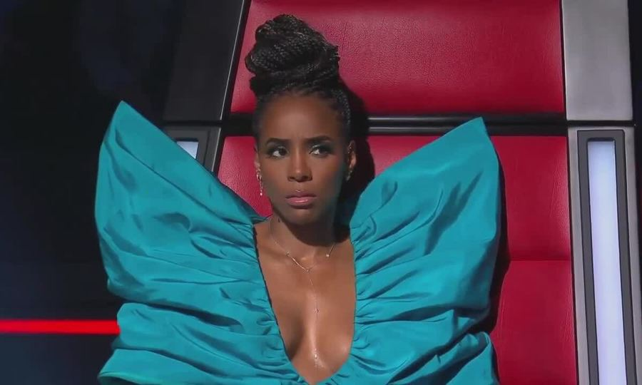 Kelly Rowland di?n ??m C?ng Trí ? The Voice Australia