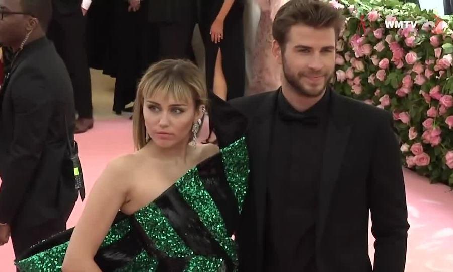 Miley Cyrus, Liam Hemsworth ở Met Gala 2019