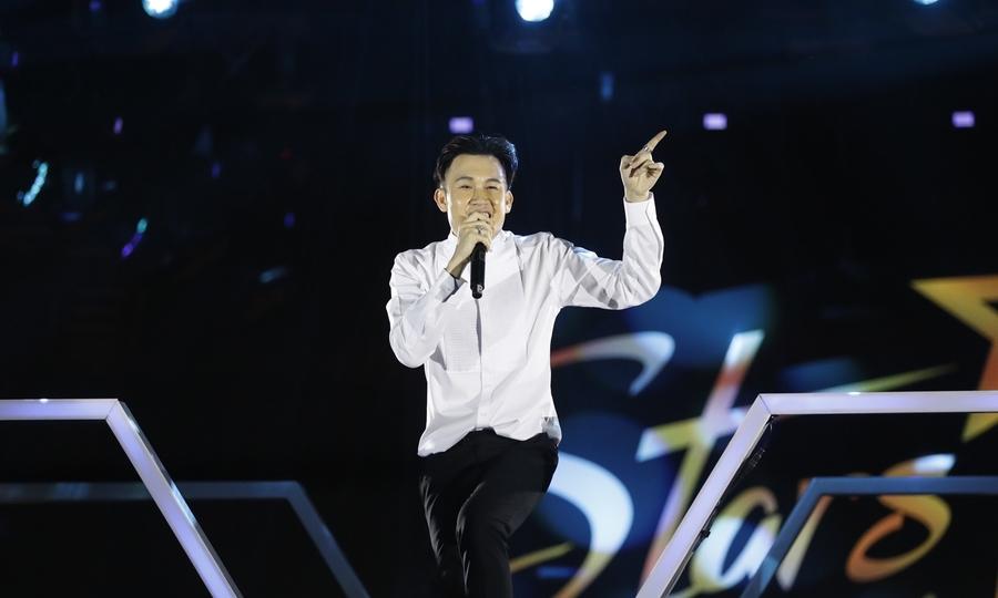 Dương Triệu Vũ hát 'Tình nhạt phai'
