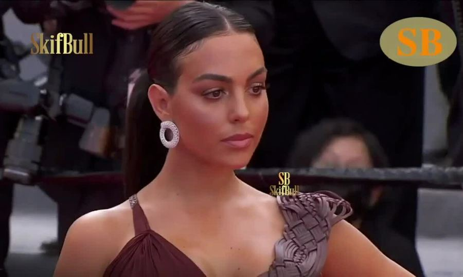 Georgina Rodriguez ở Cannes 2021