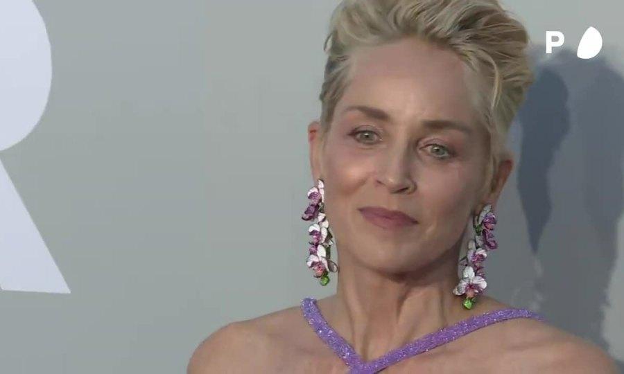 Sharon Stone ở amfAR 2021