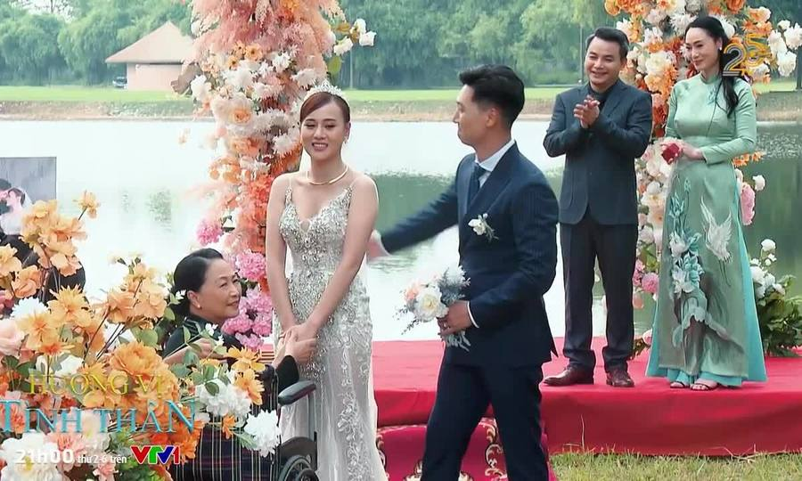 Khán giả thích thú cảnh đám cưới phim 'Hương vị tình thân'