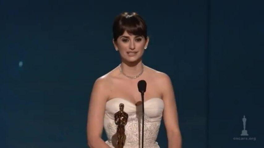 Penelope Cruz nhận giải Oscar nữ phụ