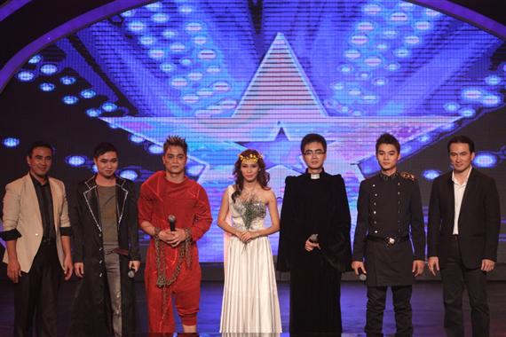 nhóm Dòng thời gian với nhạc kịch Thằng gù nhà thờ đức bà trong bán kết vietnam's got talent