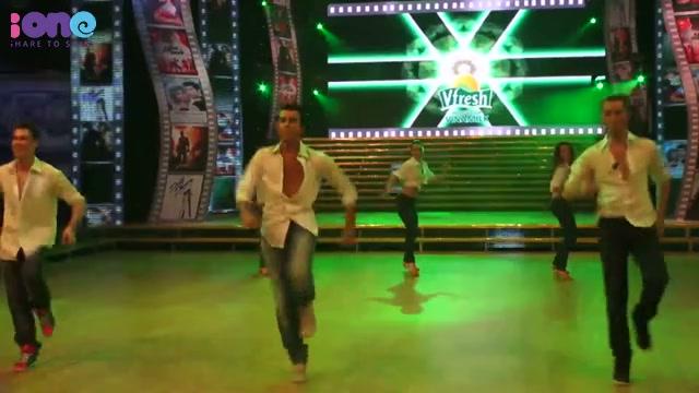 IO- Màn trình diễn của vũ công quốc tế