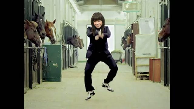 Carly Rae Jepsen vs PSY - Call Me Gangnam Parody