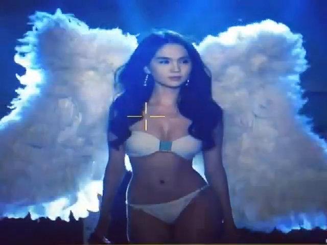 Ngọc Trinh lung linh như thiên thần Victoria's Secret