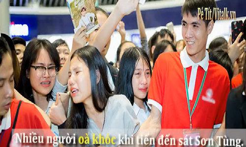 Fan òa khóc khi gặp Sơn Tùng