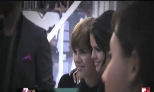 Selena Gomez và Justin Bieber - Cuộc tình mông lung như một trò đùa của Cự Giải và Song Ngư