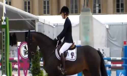 Charlotte Casiraghi thích môn đua ngựa