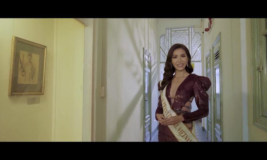 Minh Tú giới thiệu bản thân tại Miss Supranational 2018