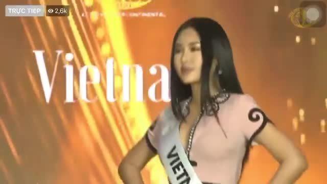 Ngân Anh bị chê catwalk điệu, biểu cảm thừa thãi tại Miss Intercontinental